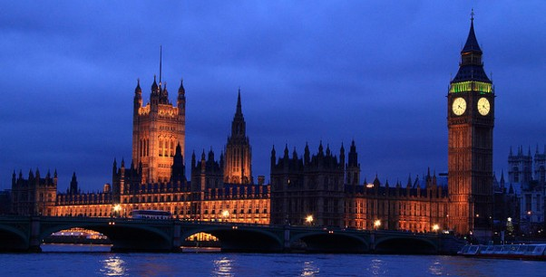 Parliament at night - Adrian Clark (Flickr)