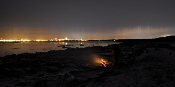 winter_bonfiring_in_anchorage_alaska-710x304